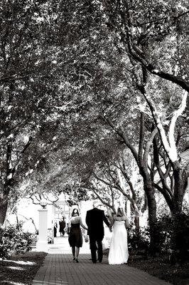 The breath-taking walk through the Promenade is always said to be one of the most touching and personal moments throughout the wedding day.  This is the time that Kristen gets to meet her dad as they walk, hand-in-hand, together before giving her away at the end of the aisle.